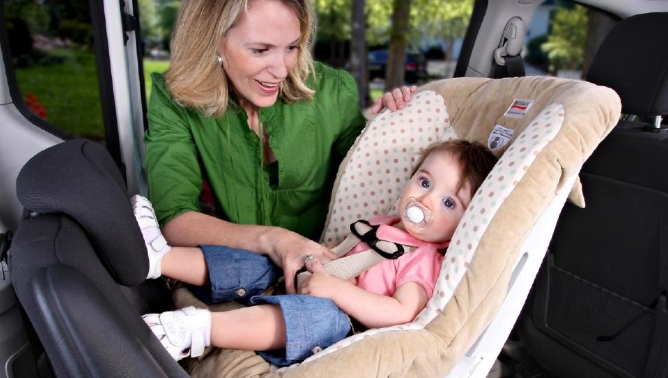 Test av bilbarnstolar