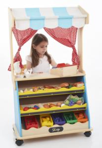 Leka affär med barnen hemma