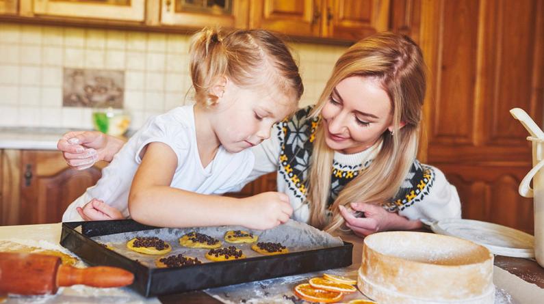 Göra med barn hemma - baka med barn hemma